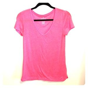 American Eagle Hot Pink T-shirt